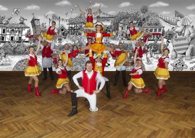 Tanzgruppe_1