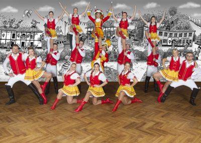 Tanzgruppe_3