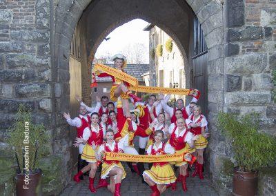 Tanzgruppe_Burg_3